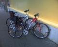 Pie TC Spice - nedroši, jo pieslēdzams tikai priekšējais ritenis. Var pazaudēt gan velosipēdu, gan speciālo bērna sēdeklīti.